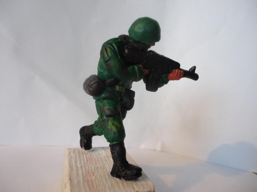 Поделки из пластилина солдата
